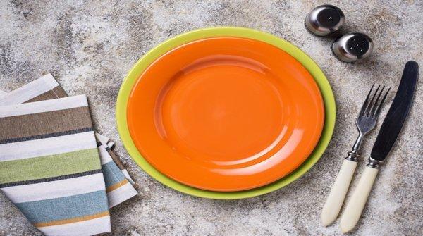 Door het eten met een kleiner bord kan je sneller afvallen