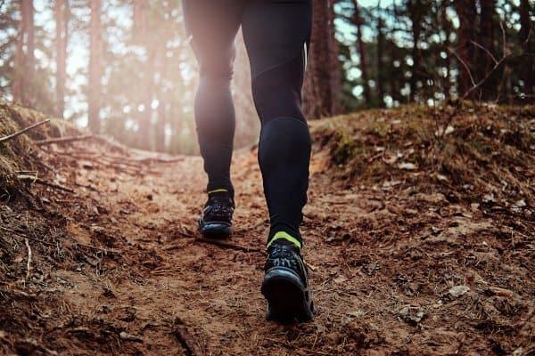 Heuvelop wandelen helpt met afvallen